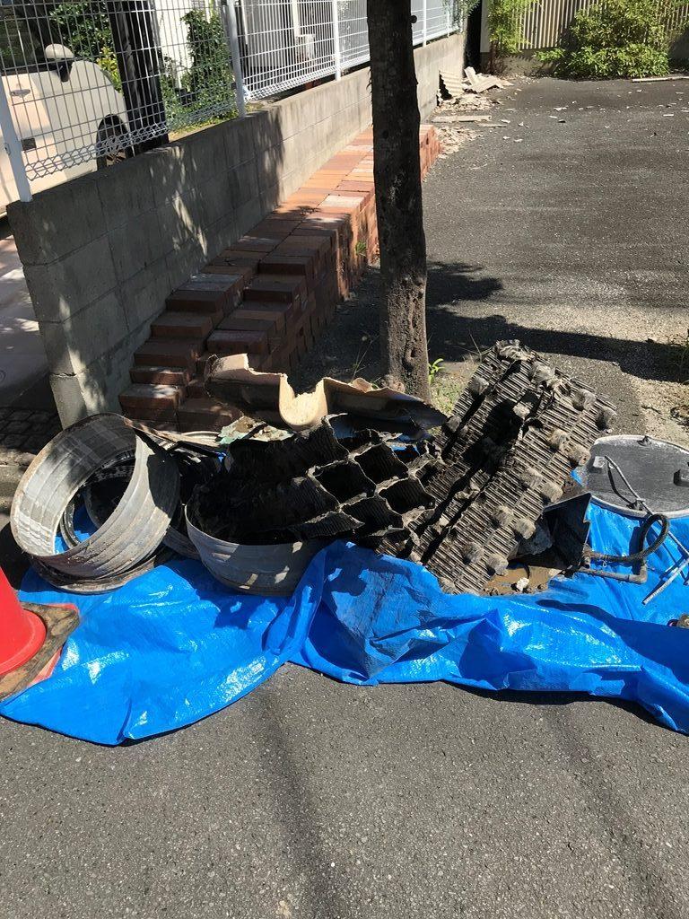 浄化槽内部解体の廃棄物