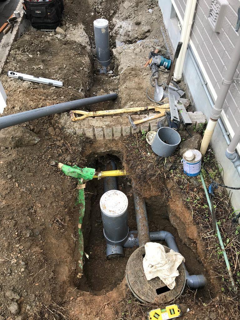 公共下水接続工事配管状況の写真