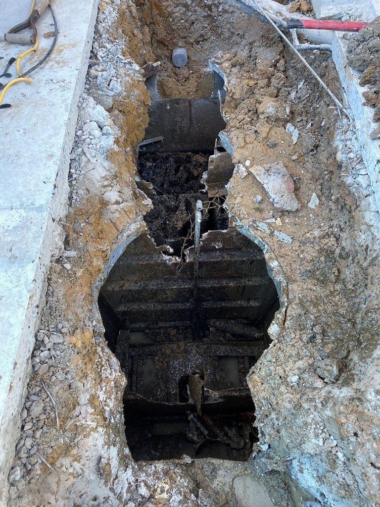 合併浄化槽破壊工事