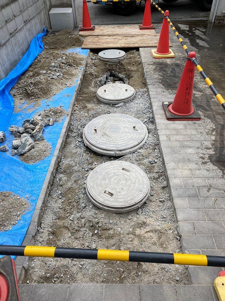 公共下水接続工事コンクリート斫り完了
