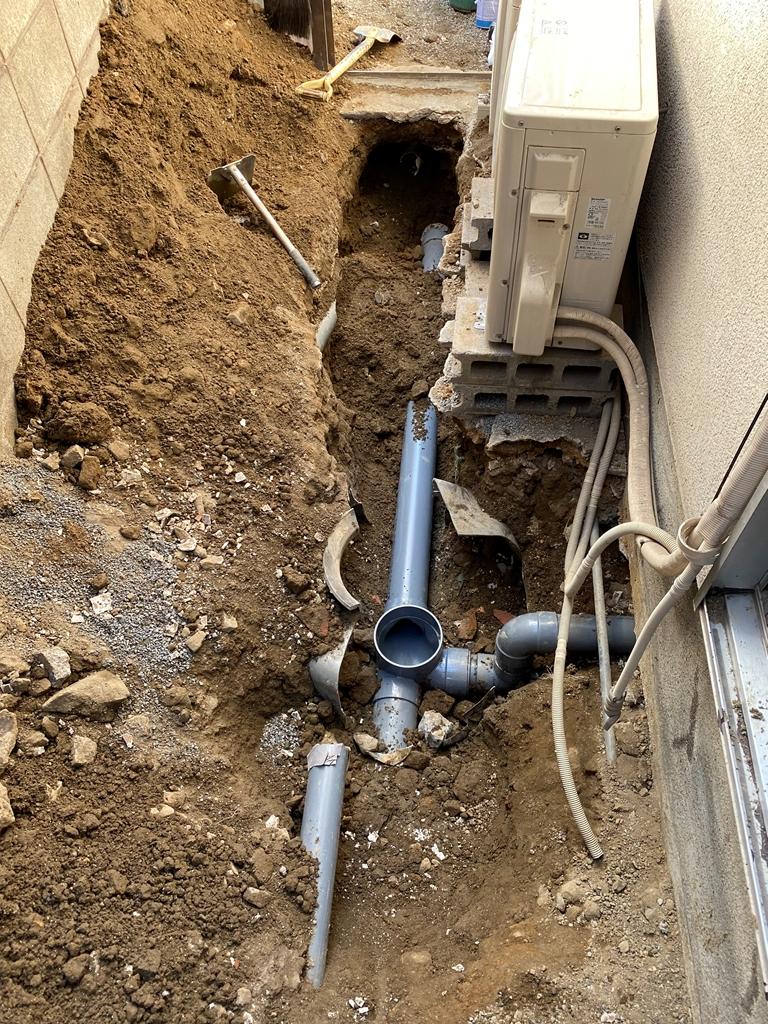 公共下水接続工事施工中写真
