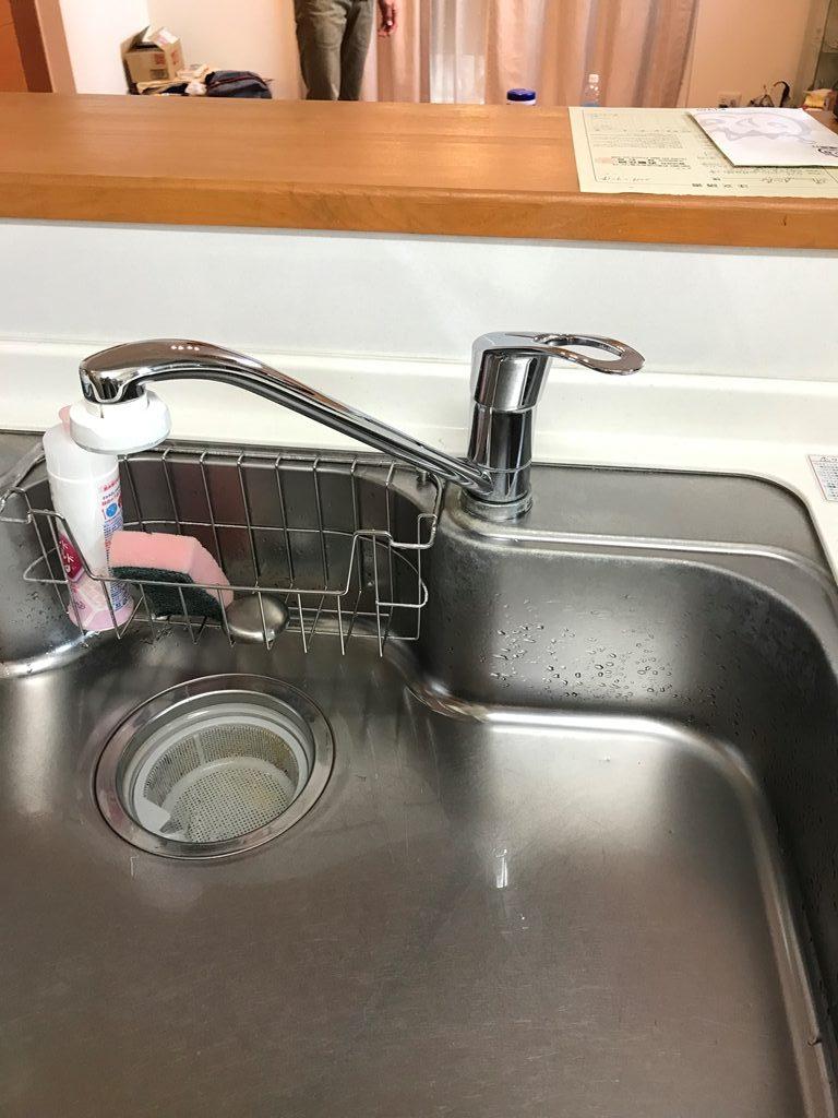 キッチン水栓取替え工事前