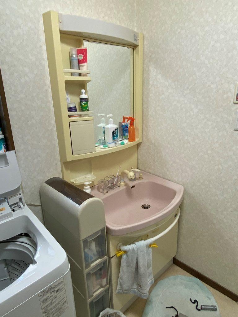 既設洗面化粧台写真