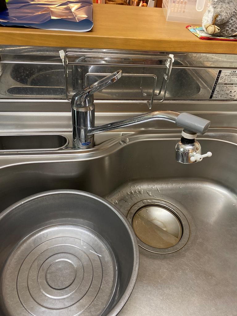 台所シングルレバー水栓取替え前
